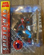 "Marvel Diamond Select Ultimate Spider-Man Peter Parker 2002 7"" 8"" New DamagedBox"