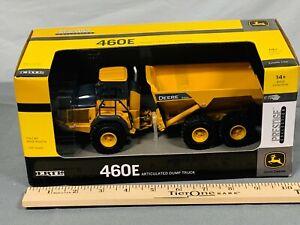 John Deere 460E 1:50 Prestige Collection Articulated Dump Truck Ertl NIB