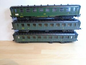 HO SNCF VINTAGE COACHES POSSIBLY LILIPUT X 3