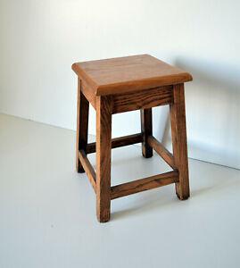 Petit tabouret carré ancien - Repose pieds - Porte Plante - 17x17 H 26 cm