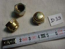 raccord occasion fin de lustre laiton, pas de 10,85 mm (réf D39)