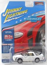 JOHNNY LIGHTNING 2002 CHEVROLET CAMARO ZL1 1/64 DIECAST MODEL  WHITE JLCP7139