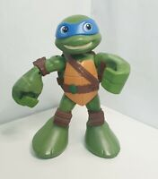 Teenage Mutant Ninja Turtle Leonardo Talking Moving Toy no swords fully working
