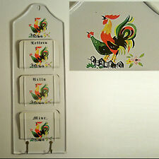VTG TIN LITHO ROOSTER MOTIF WALL MOUNT MAIL ORGANIZER COUNTRY KITCHEN JAPAN 50's