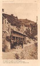 A3199) WW1 ALPINI STALLA DI MULI DIETRO LA PRIMA LINEA.