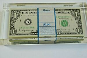 1969-B $100 sequentially numbered notes sealed  in an acrylic