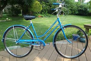 Vintage 1969 SCHWINN BREEZE Bicycle STUNNING All Original Bike MUST SEE Unused