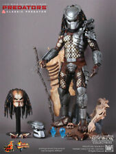 SIDESHOW EXCLUSIVE Hot Toys MMS162 Predators Classic Predator 14 inch Figure MIB