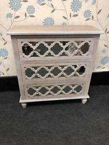 Compact Wood And Mirror 3 Drawer Chest Of Drawers With Crystal Knob