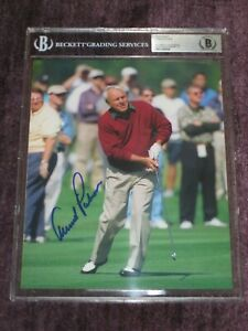 ARNOLD PALMER Signed 8 X 10 PHOTO Beckett Authenticated Encapsulated & GRADED 10