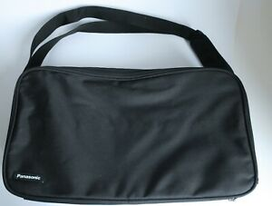 Panasonic Beamer Tasche     Maße ca. 400 x 220 x 120 mm