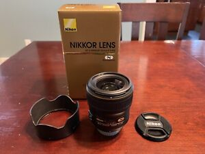 Nikon AF-S NIKKOR 35mm f/1.4G Lens - Mint condition. Owned by pro photographer.