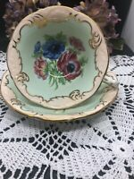 VINTAGE  RARE PARAGON BONE CHINA ENGLAND POPPIES ANEMONES TEA CUP & SAUCER SET