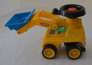 Tonka Tractor Plastic with Scoop Yellow