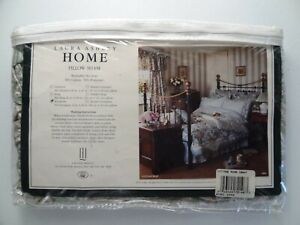 """NEW Laura Ashley Cottage Rose Euro Sham 26"""" Square Pillow Case Cover Paisley"""