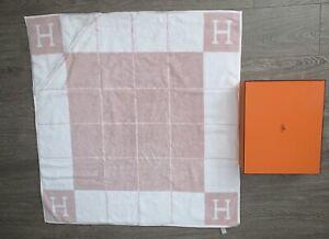 "New w Box HERMES Paris Avalon H Pink Bath Beach Hooded Towel 34"" x 34"" 86cm Baby"