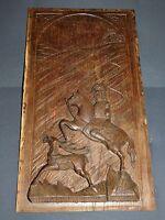 PLAQUE ANCIENNE BOIS SCULPTE SCENE DE CHASSE A COURRE 33CMX59.5CM ANTIQUE WOOD