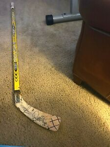 Luc Robitaille Los Angeles Kings Signed Easton Synthesis Game Used Stick
