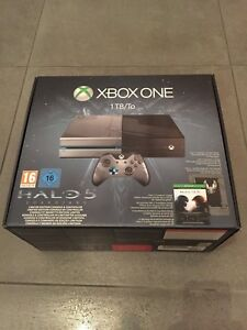 XBOX ONE CONSOLE LIMITED EDITION HALO 5 GUARDIANS PAL NUOVA SIGILLATA