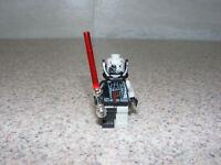 LEGO Star Wars Darth Vader Minifigure Red Lightsaber Battle Damaged 7672