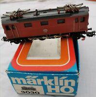 Märklin 3030 Lokomotive eléctrica 884  H0