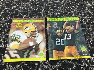(FRE-#115) LOT OF 4 1971 to 1973 GREEN BAY PACKERS YEARBOOKS