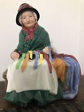 Vintage Royal Doulton figurine Silks and Ribbons Hn 2017