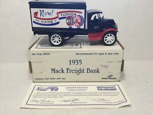 SCALE MODEL ERTL 1935 MACK AMOCO FREIGHT TRUCK DIE CAST BANKS W/BOX