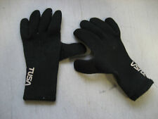 Used Scuba Dive Gloves Female size small, great condition-1 small puncture Lpalm