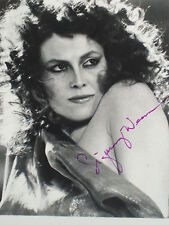 """Sigourney Weaver from """"ALIEN"""" and """"GHOST BUSTERS"""" hand signed 8x10 photo"""