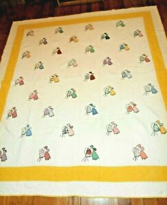 """Vintage Hand Appliqued Floral Quilt 72"""" x 80"""" Summer light weight Beautiful"""