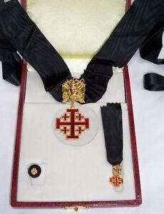 COMPLETO ORDINE PONTIFICIO CAVALIERE DEL SANTO SEPOLCRO DI GERUSALEMME CAVALIERI