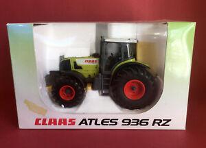 Universal Hobbies 1/32 Claas Atles 936 RZ Tractor No246-177.0 MIB