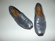 TOMS Women's Classic SILVER Glitter Slip On Fabric Loafer Flat Shoes Size 6.5