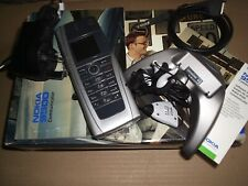 NOKIA 9500 COMMUNICATOR,UNLOCKED,IN ORIGINAL BOX,128MB CARD,SEE & RELY ON 8 PICS