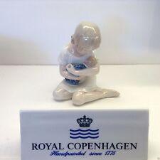 Royal Copenhagen 1021121 Bimba con bambola - Figurine - Rivenditore Autorizzato