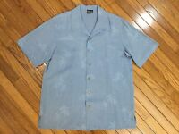 Saks Fifth Avenue Men's 100% Silk Blue Camp Hawaiian Shirt Palms Print Size M