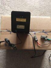 Ancien chargeur de batterie retro