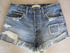 ABERCROMBIE & FITCH THE A&F HIGH RISE FESTIVAL DISTRESSED JEAN PATCH SHORTS SZ 2