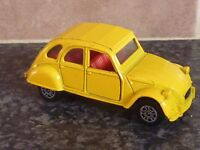 CORGI CITROEN 2CV6 YELLOW WITH RED INTERIOR MADE IN GT BRITAIN VGC FOR AGE