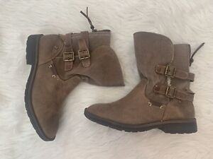 Mad Love Shoes Booties Size Women's 8 Winter Boots