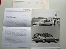 "Presse d'information TOYOTA COROLLA ""Silver"", 6.1989, Texte + 2 photos dans l'enveloppe"