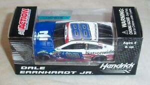 1:64 ACTION 2016 #88 NATIONWIDE SALUTES CHEVY SS DALE EARNHARDT JR PITSTOP NIB