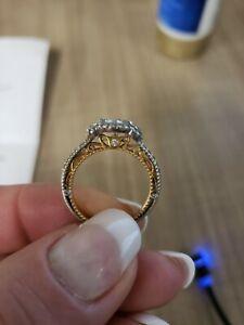 Engagement ring Verragio