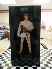 Sideshow Collectibles Hot Toys Star Wars Luke Skywalker 1/6 Box with Head