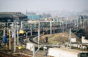 Original Railway Slide: Class 86 at Wolverhampton, 1999/2000              27/150