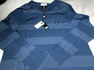 DC SHOES Long Sleeved BRAND NEW w/Tag Light Weight blue striped Sleeves Mens Med