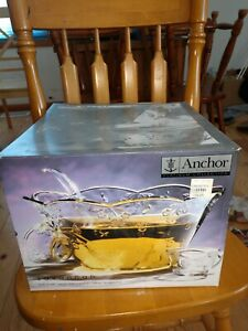 Anchor Hocking Savannah  Complete Punch Bowl Set Glass Glassware service for 8 p