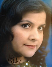 NANIA WADIA - DR WHO ACTRESS  - EXCELLENT SIGNED COLOUR PHOTO