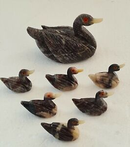 Vintage Carved Granite Quartz Duck & 6 Ducklings with Agate Slice Pond VGC
